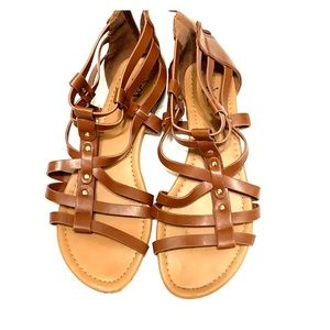 Shoes - Strappy flats